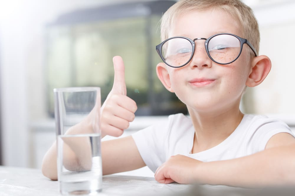 thumbs up for water